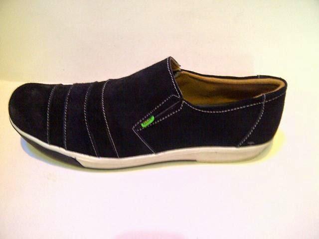 Jual sepatu kickers slop,toko online sepatu kulit kickers,pusat jual beli sepatu casual,toko sepatu grosir murah,