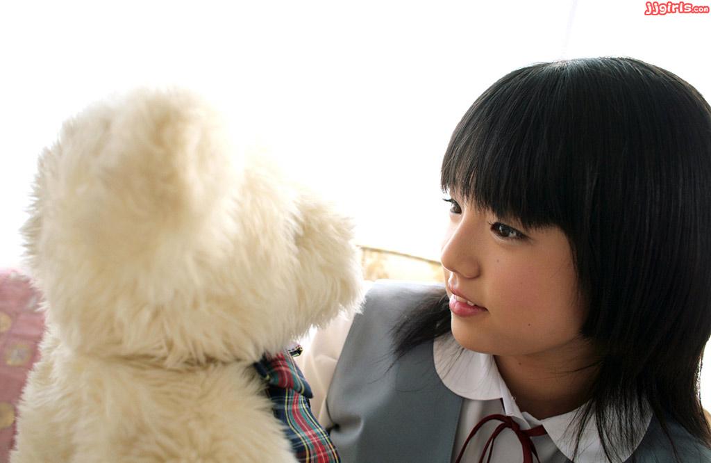 抜けるグラビアアイドル篠崎愛ちゃんの画像 : 虎視眈々と