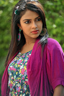 Amala Paul new trendy Picture shoot 005.jpg