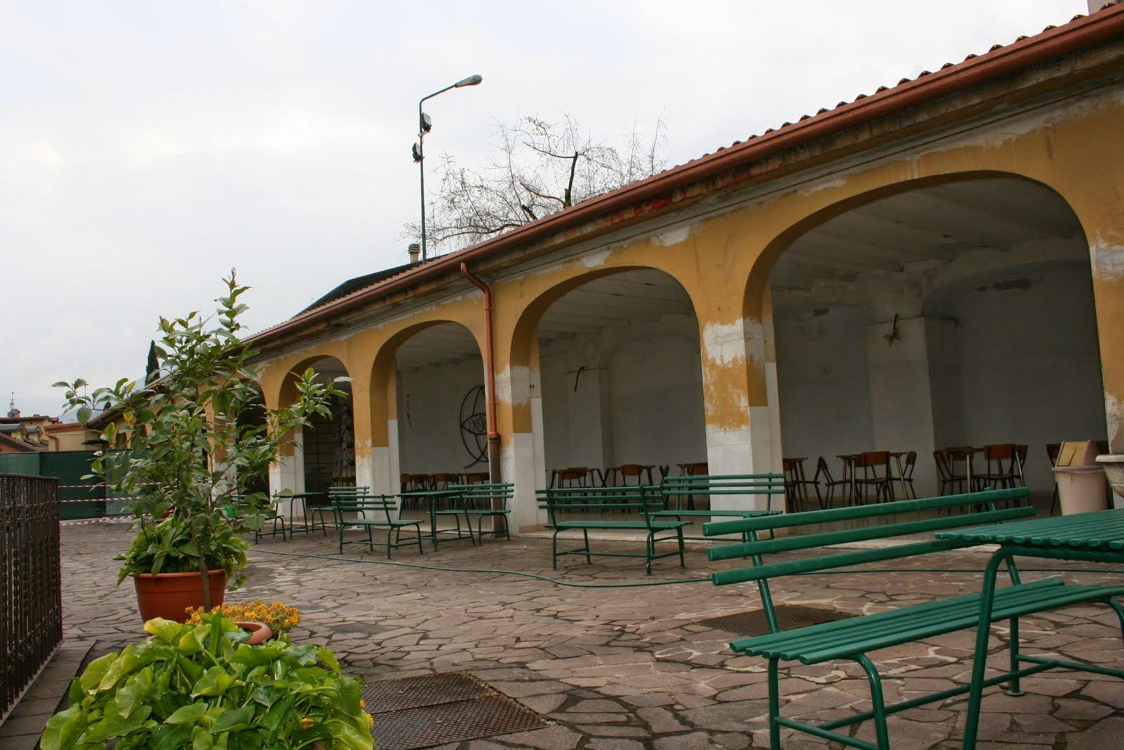 il terrazzo con il portico