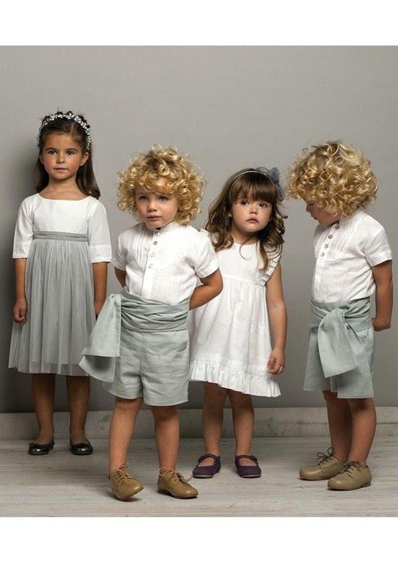 Estos cuatro pequeños podrían ser un cortejo nupcial perfecto para tu boda. Si tienes un pequeño grupo de niños en tu boda no dudes en hacer que ellos
