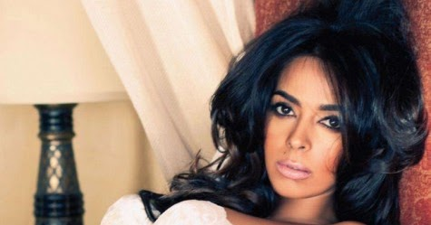 actresses photos actress mallika sherawat cute beautiful