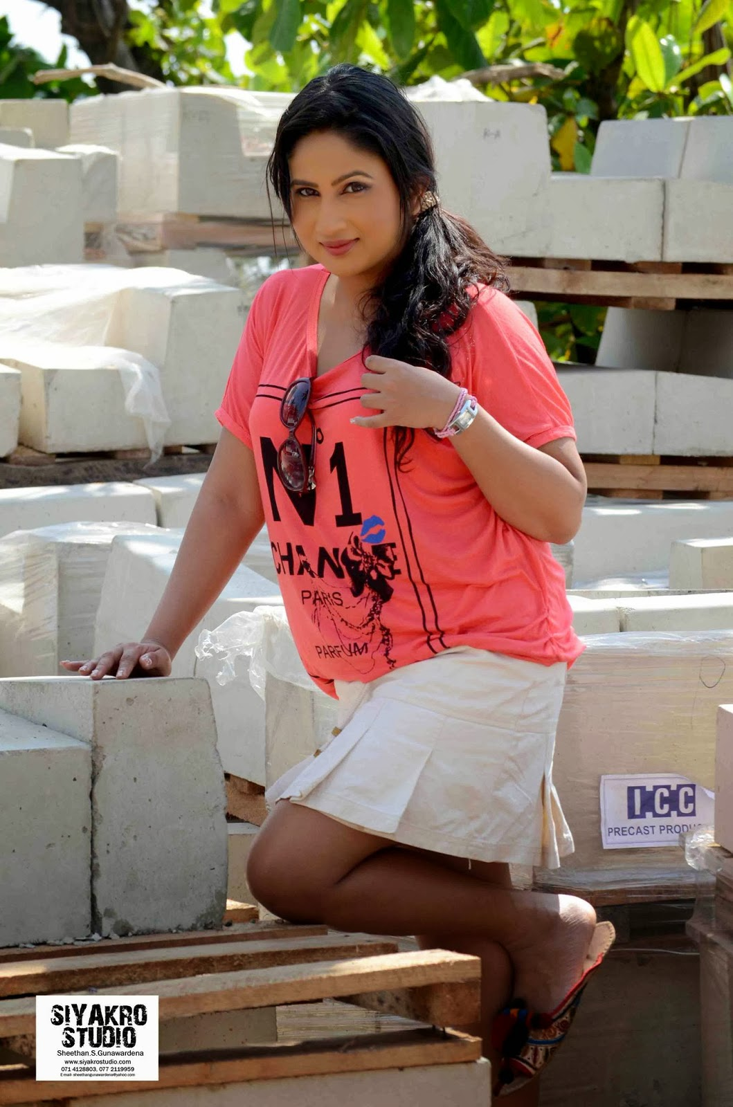 Anjali Liyanage hot spicy sexy