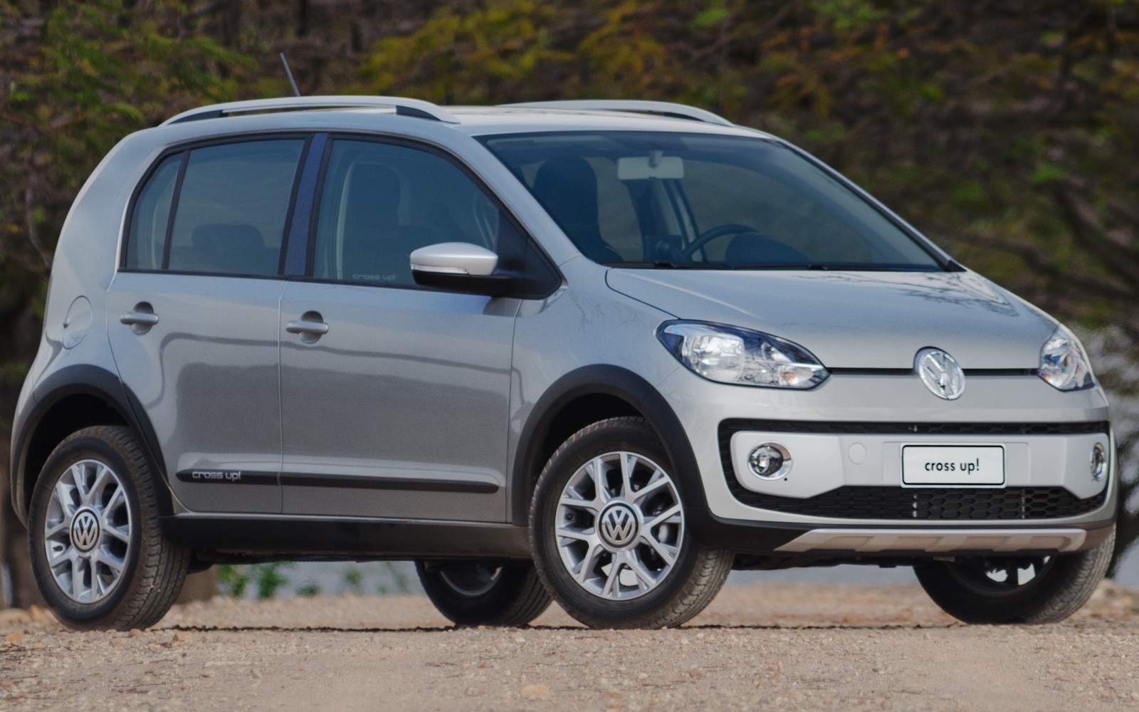 Volkswagen up! Cross 2015 - vendas em alta
