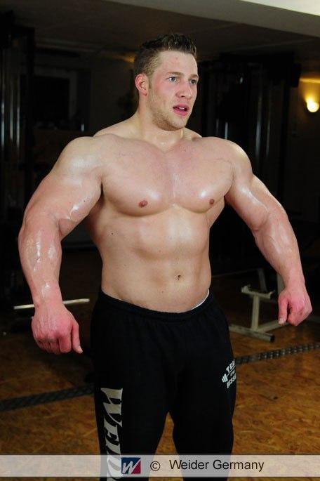 Never 2 Big: Tim Budesheim: 246.4lbs!