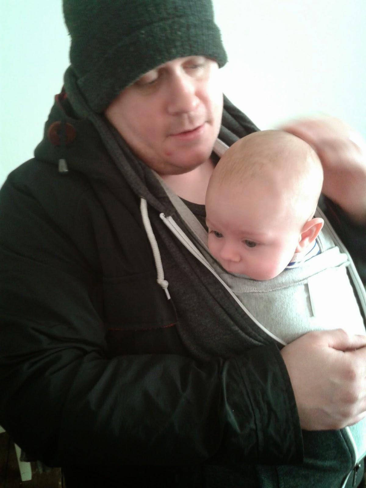 dads babywearing