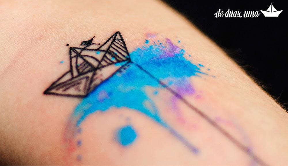 paper boat watercolor tattoo de duas uma