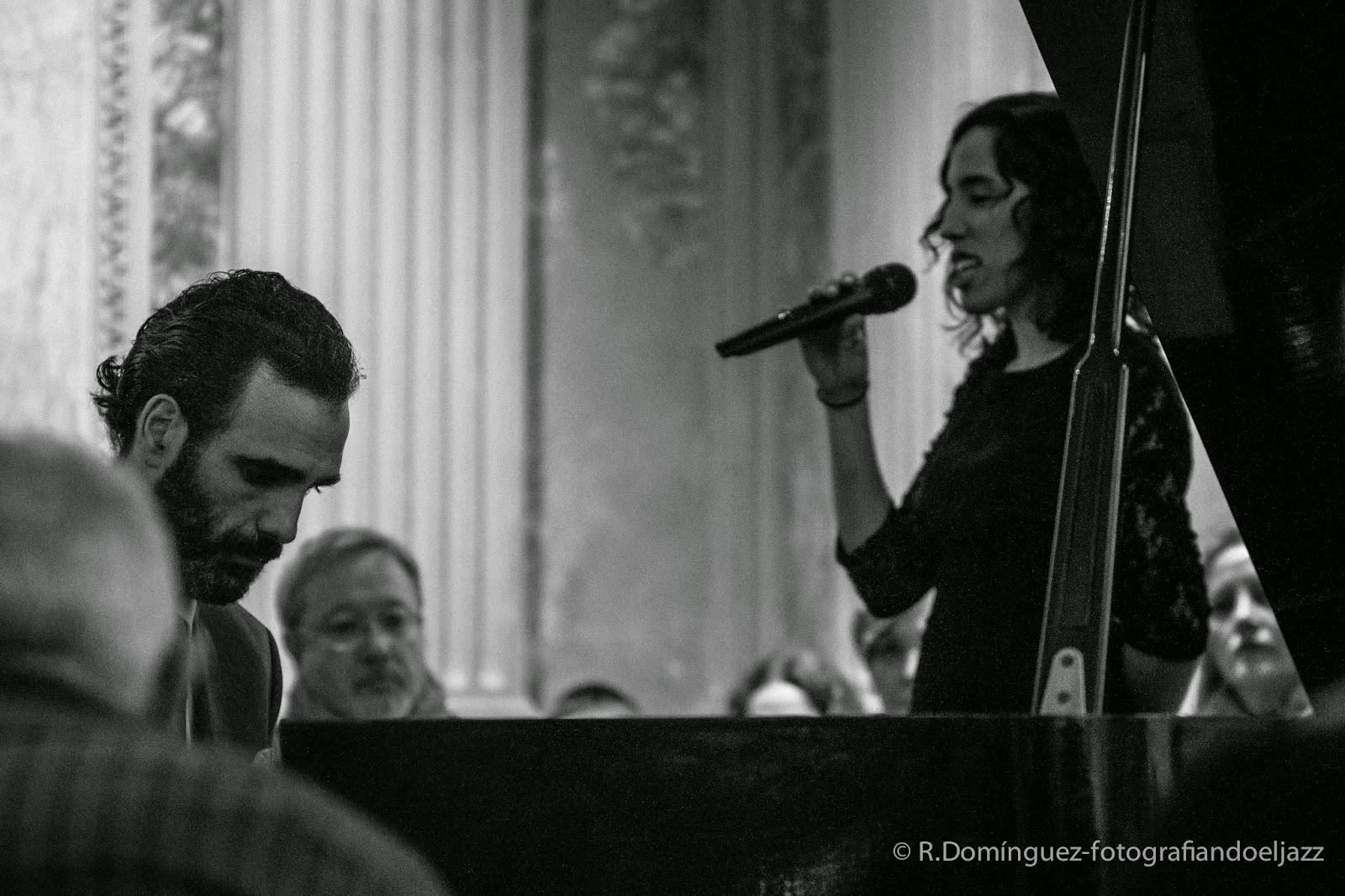 © R.Domínguez - Ismael Dueñas MAEM