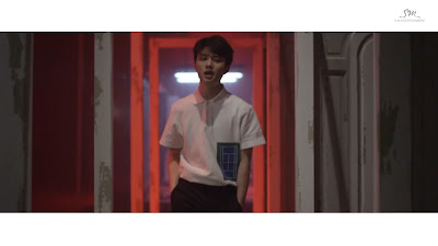 EXO D.O in Love Me Right MV