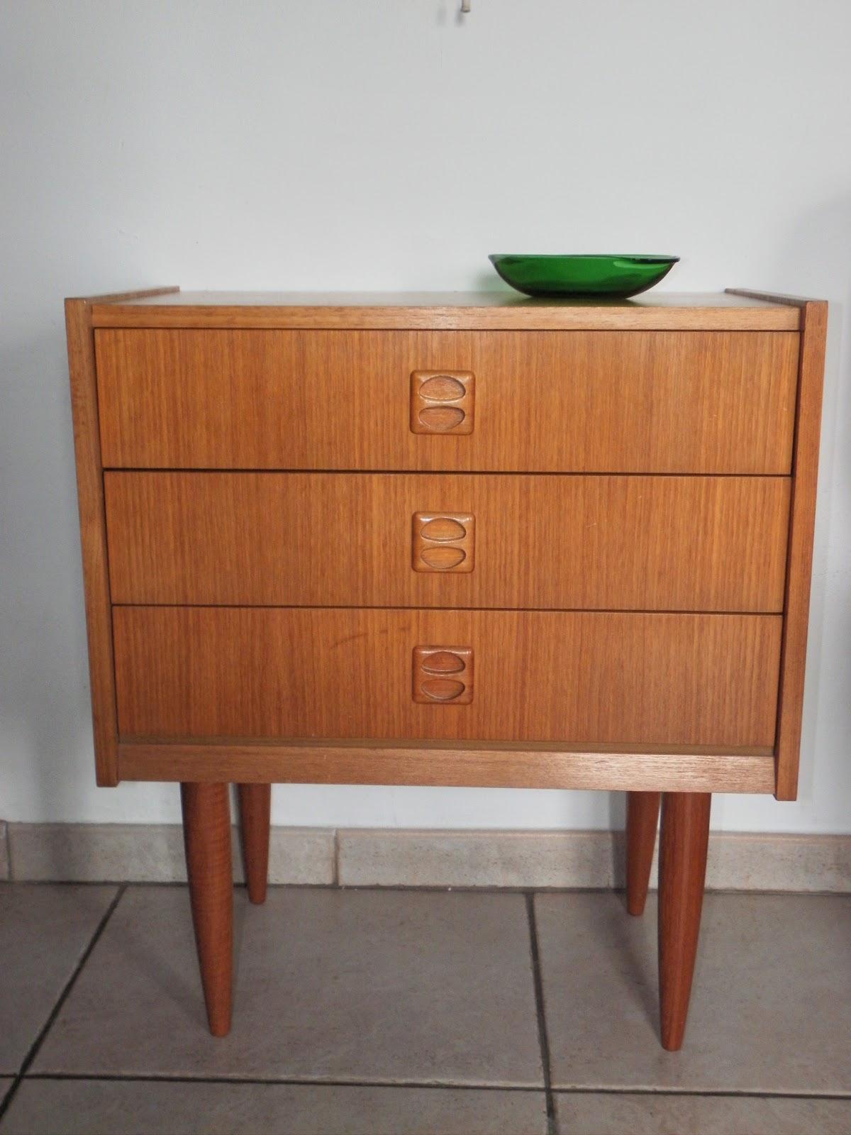 Lucie la chineuse meuble 39 60 for Meubles domon lachine