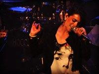 Bebe en concert au Café de la Danse
