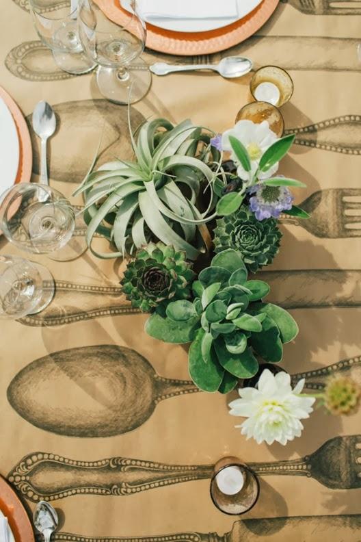 planta crasa como centro floral de boda