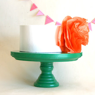 cake+stand+ +kelly+green Beautiful Cake Stands