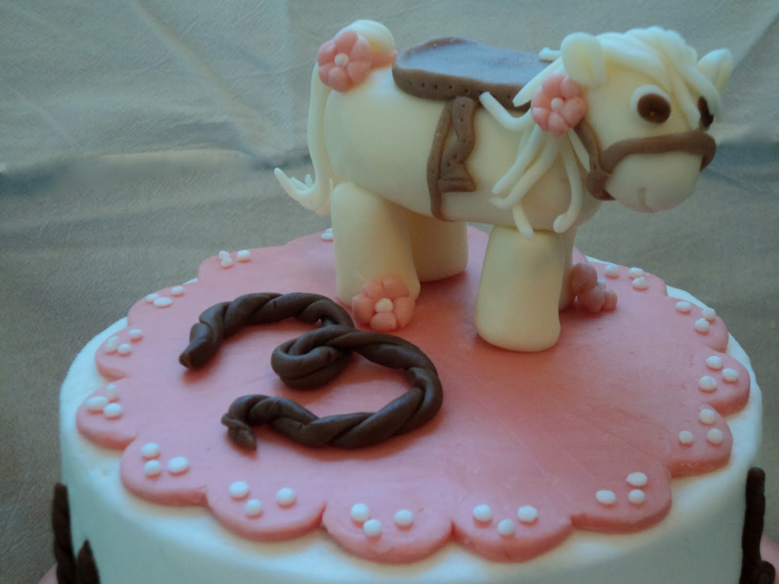 Sweet Biscuit Bakery Cowgirl Cake
