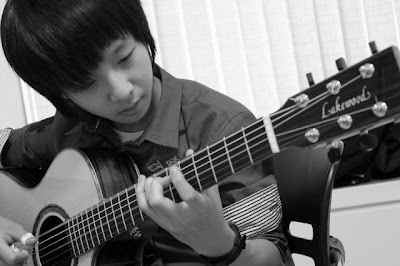 10 Langkah Jitu Mengenali Kualitas Gitar Akustik [ www.BlogApaAja.com ]