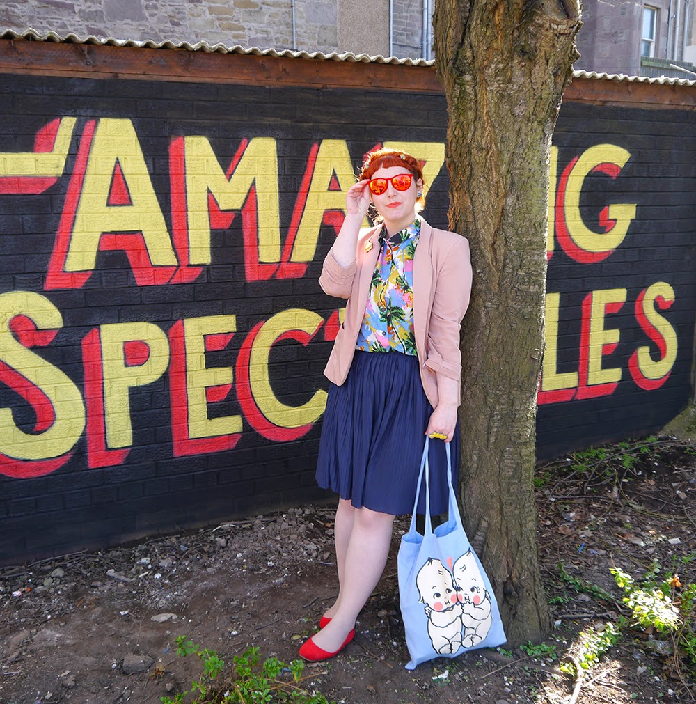 Scottish Blogger, Red Head, Ginger, Styled by Helen, Dundee, Amazing Spectacles, Graffiti, Tropical shirt, Luna on the Moon, Hair Slides, pom pom, Sun Glasses Shop, velvet sunglasses, rayban, Ray-Ban, Cheap Frills heart earrings, bright outfit, summer outfit, summer style, Abandon Ship, Kewpie tote bag, Rock Cakes brooch