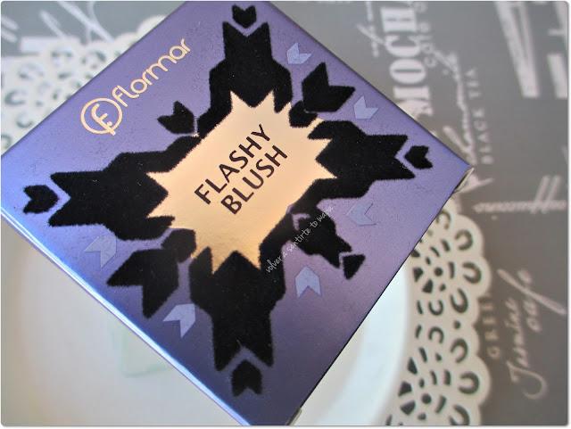 Colección EYECATCHER de FLORMAR - Packaging