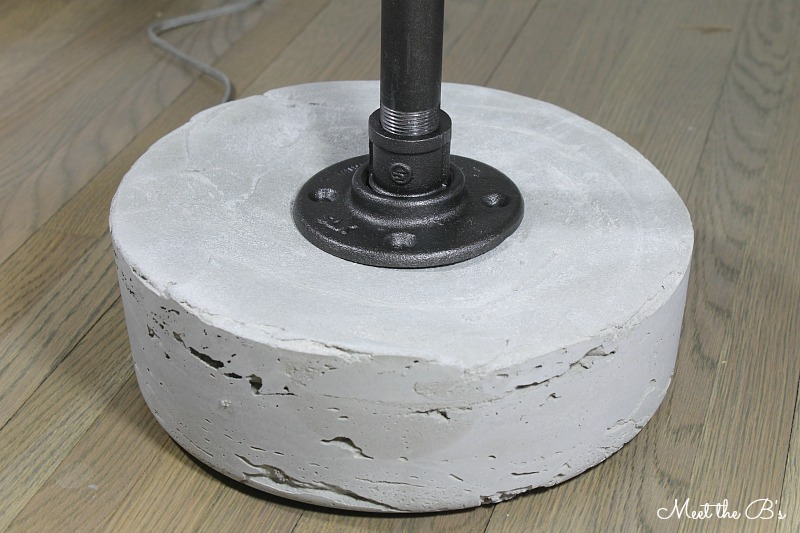 How to make an industrial pipe and concrete floor lamp!