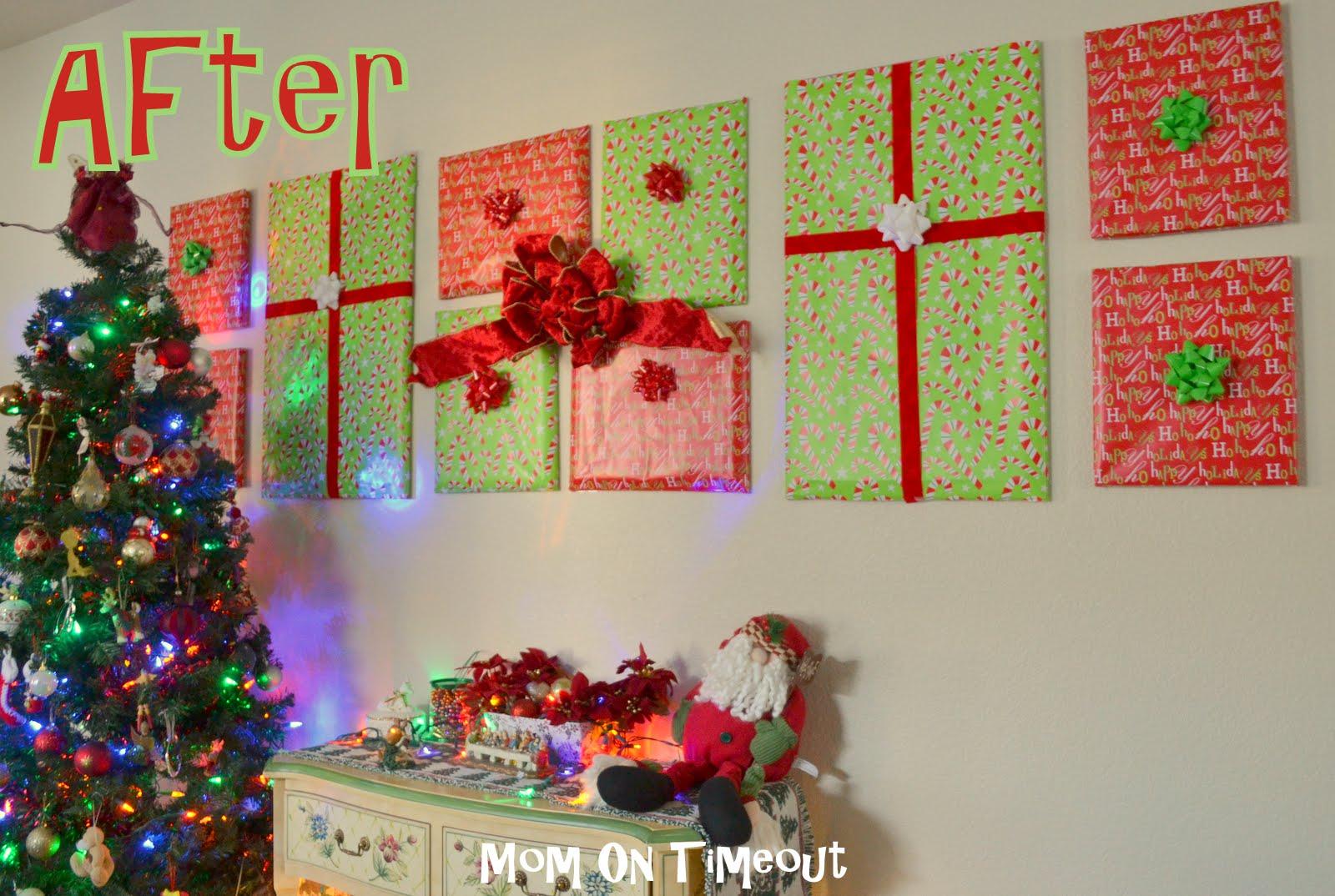 Wrapping wall decor for christmas