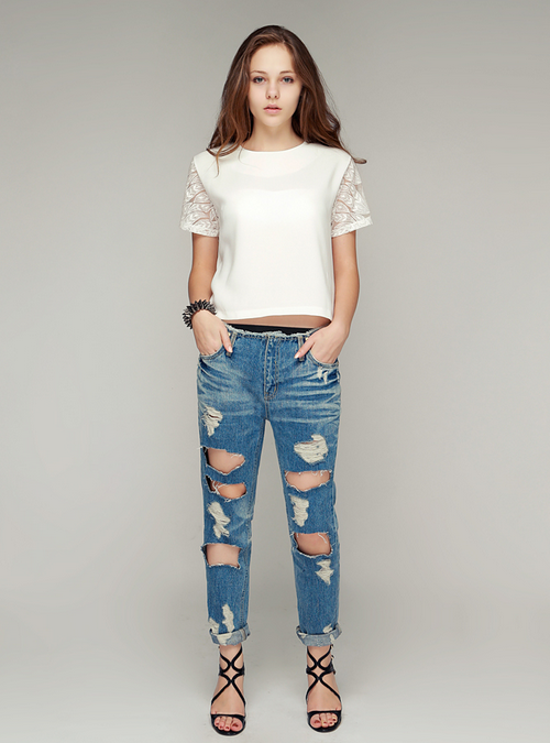 Leaf Embroidered Crop Blouse