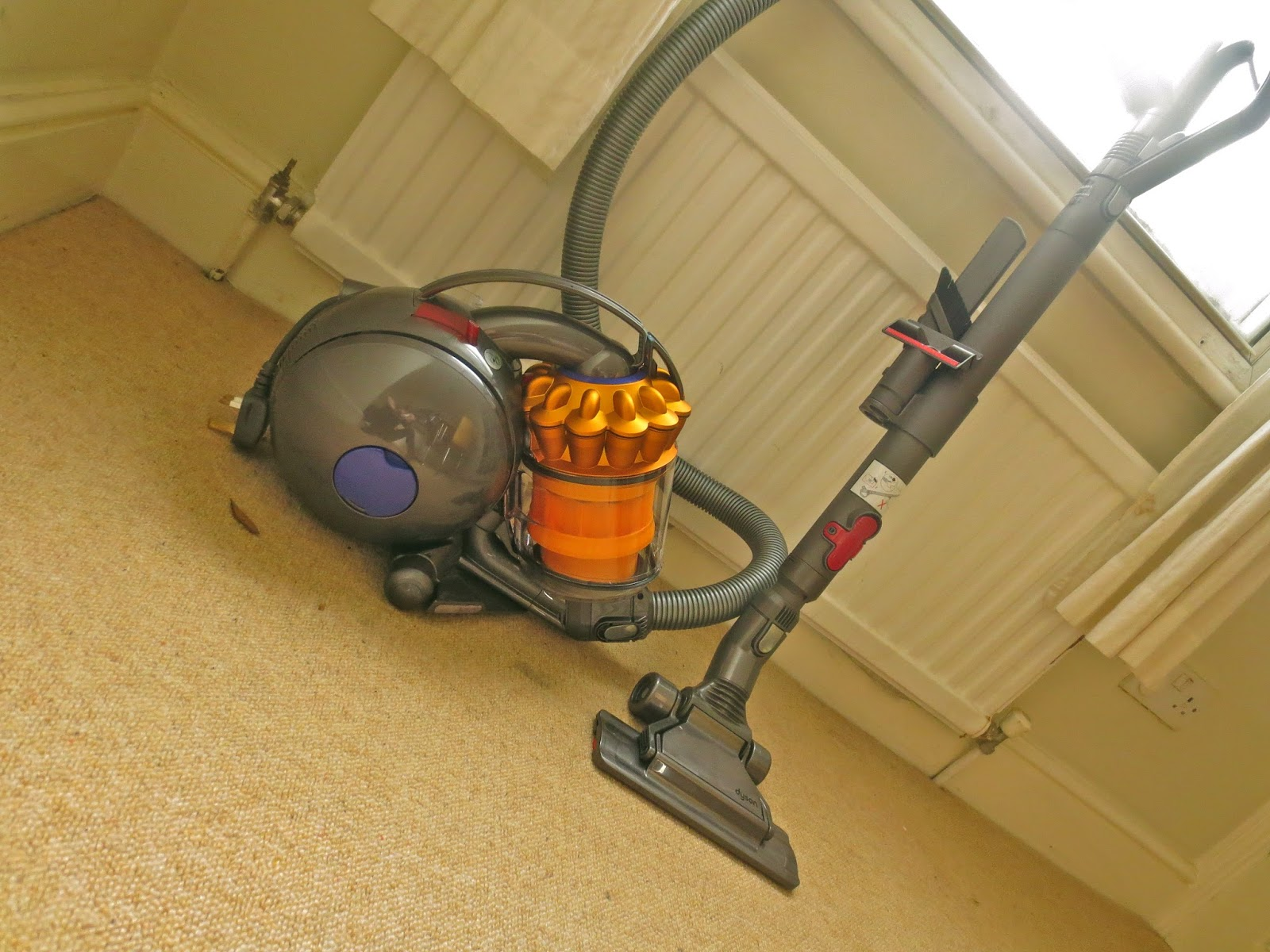 The Hussy London Housewife Dyson Dc38 Vacuum Cleaner