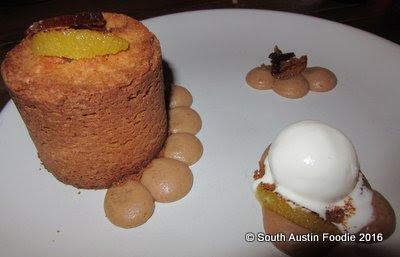Cafe No Se -- Rockman's Basque cake with speculoos cream