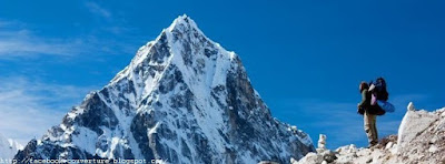 Photo couverture facebook montagne Everest