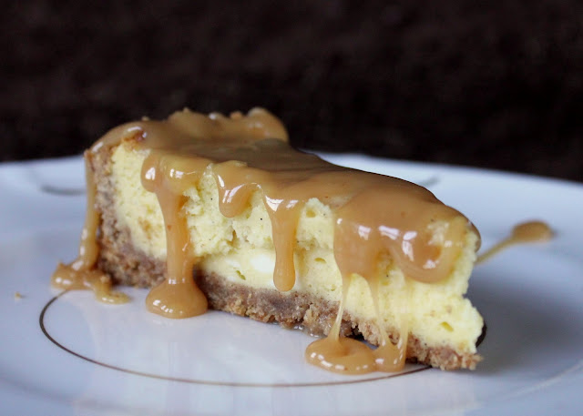 Fill 'Er Hup!: Vanilla Bean Cheesecake with Salted Caramel Sauce: A ...