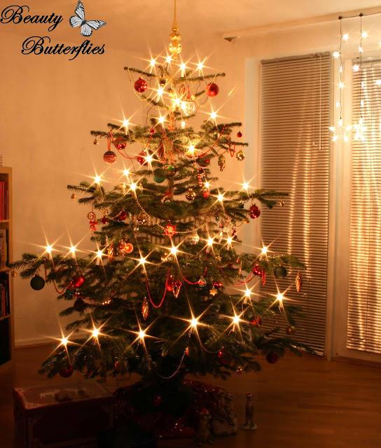 christmas oh tannenbaum beauty butterflies. Black Bedroom Furniture Sets. Home Design Ideas