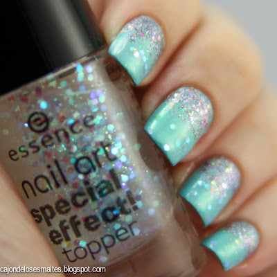 China glaze Liquid crystal Essence topper