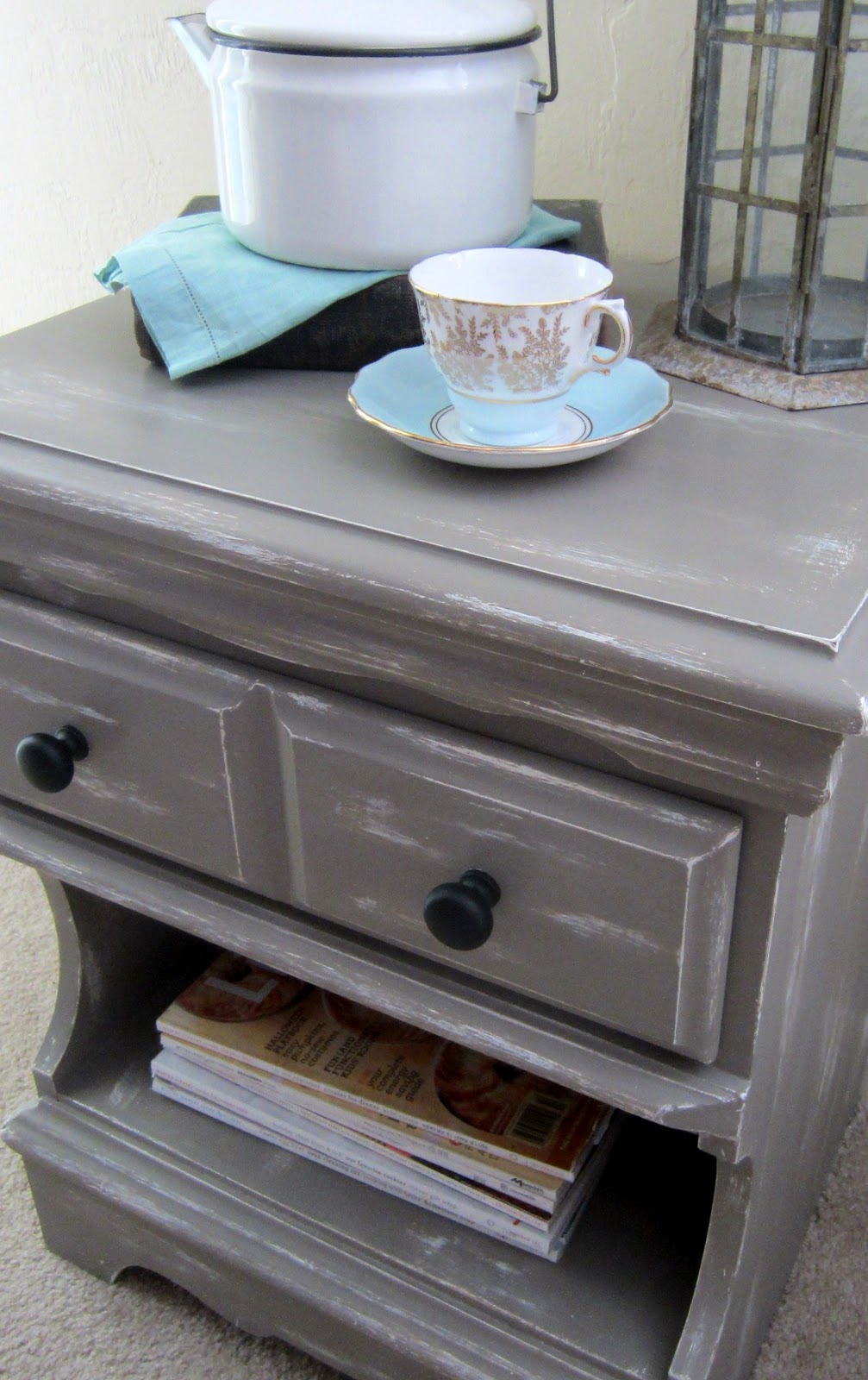 a good home chalk paint nightstand redo part 2