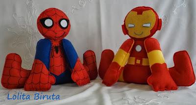 Homem aranha e iron man em feltro