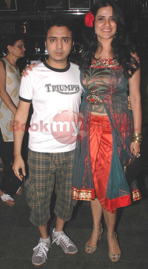 Sona Mohapatra Husband Ram Sampath