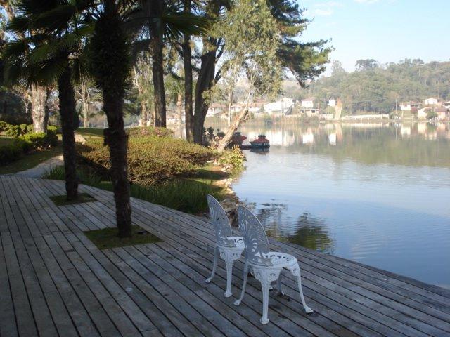 panorama magnifica e saudaveis imagens do lago spa
