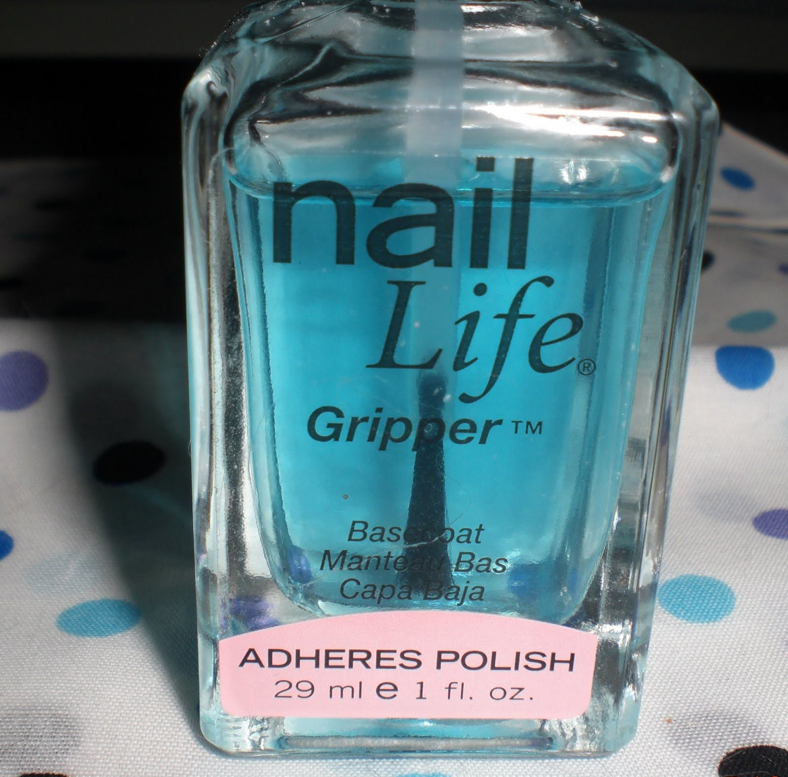 Made Up and Polished: My favorite base coat - Nail Life Gripper