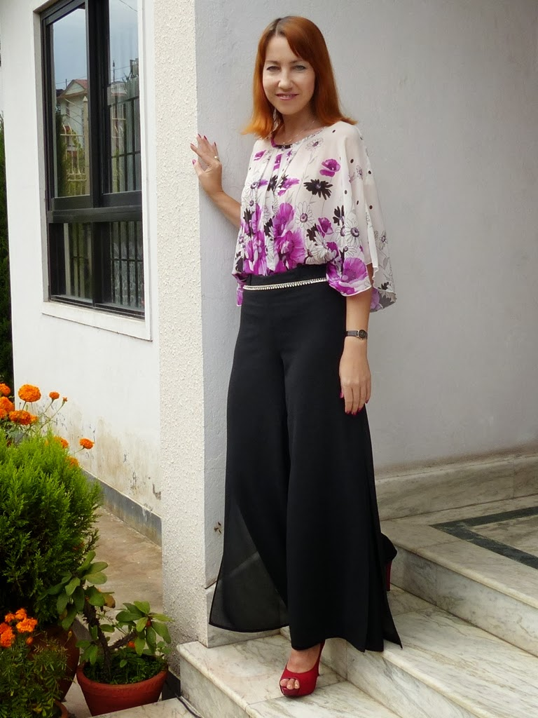 Local Style Maxi Culotte Pants And Floral Blouse For Semi-formal Dinner