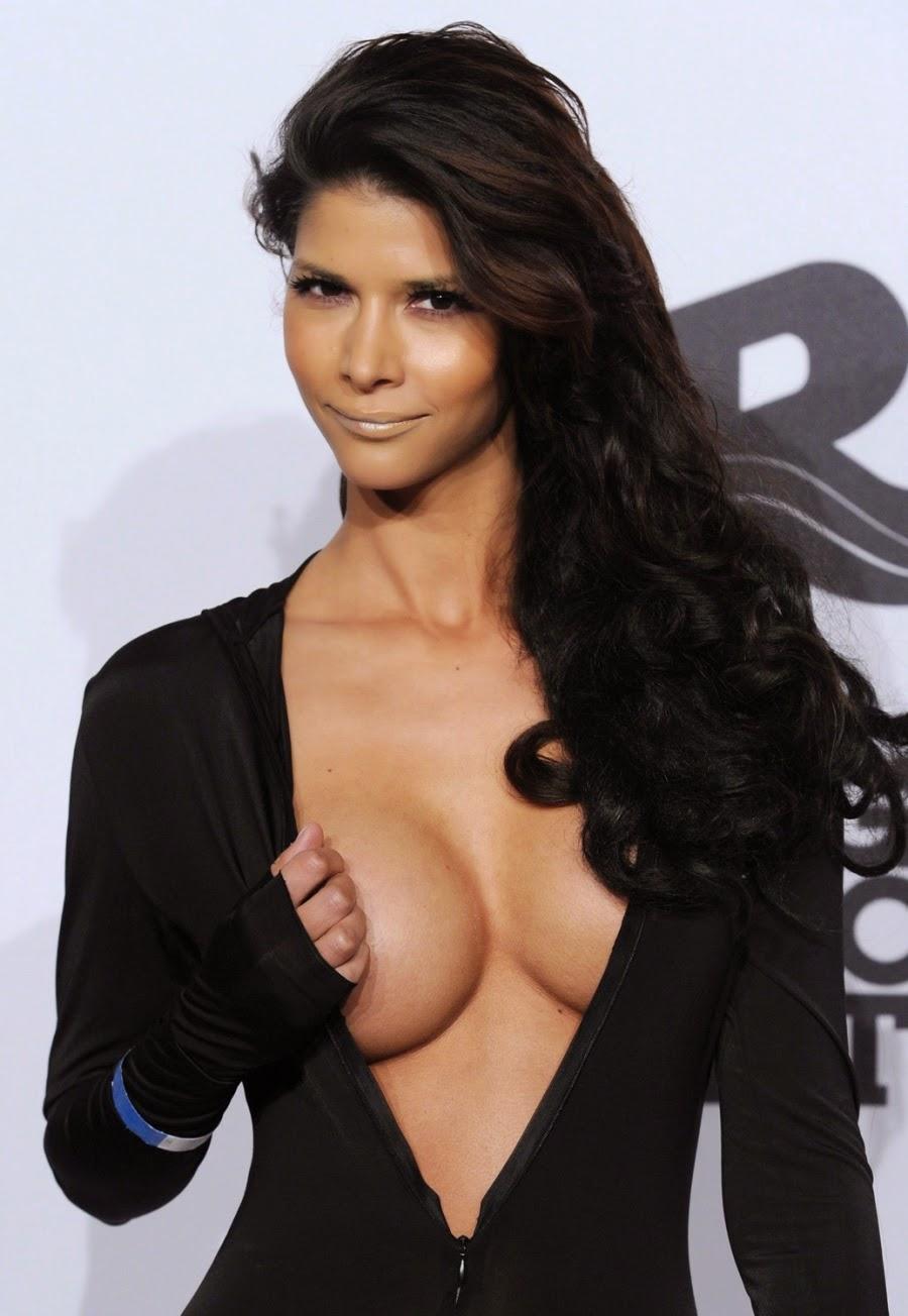 skomager København K elvira Pitzner breasts