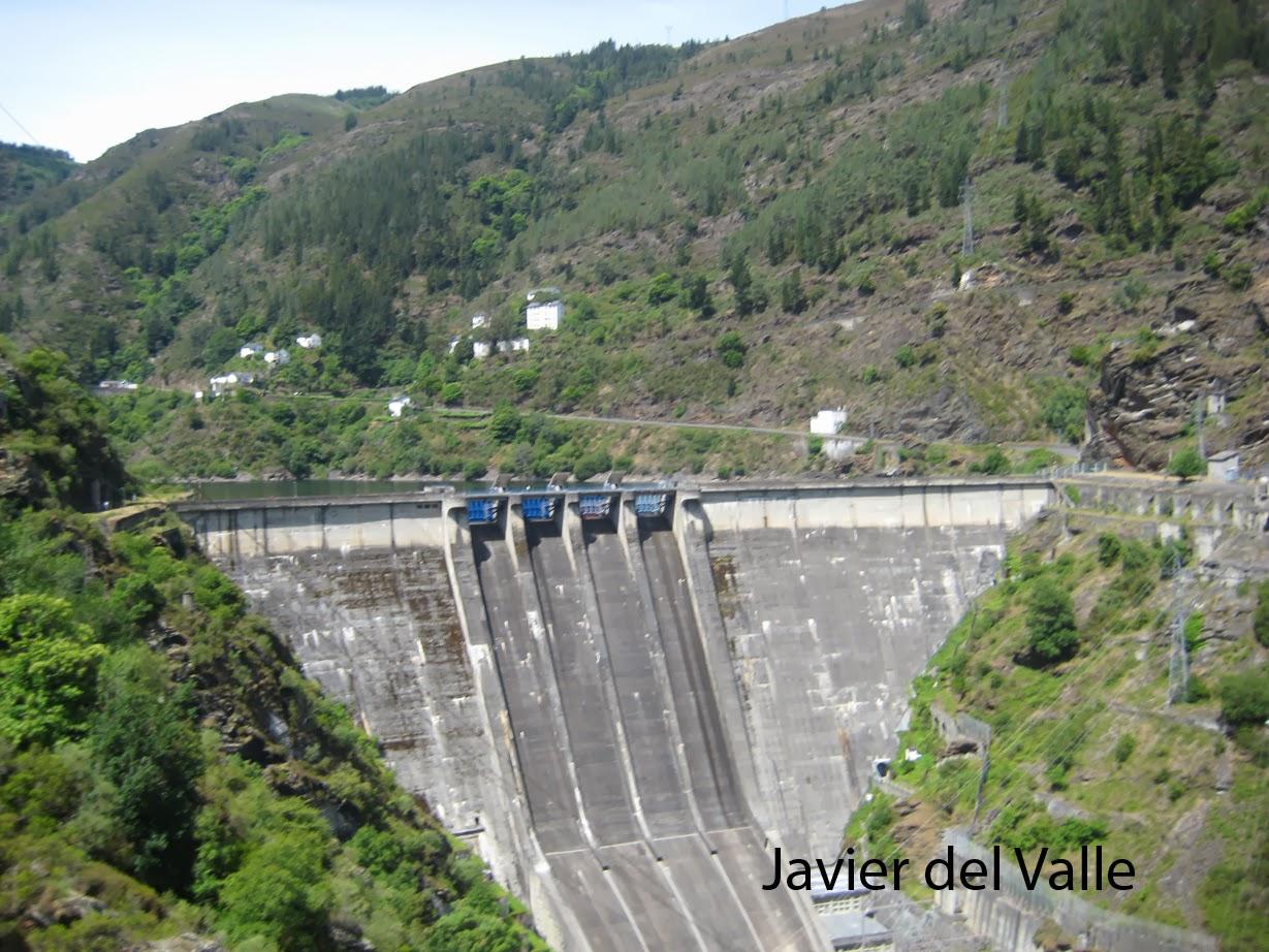 Dendecaguelu Embalse Presa Y Central Eléctrica De Salime