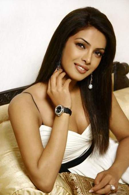 Priyanka Chopra Hot Unseen Pics Photos Wallpapers amp Images Photoshoot images