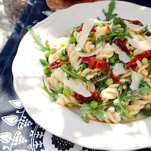 creamy fusilli salad with sun dried tomatoes recipe