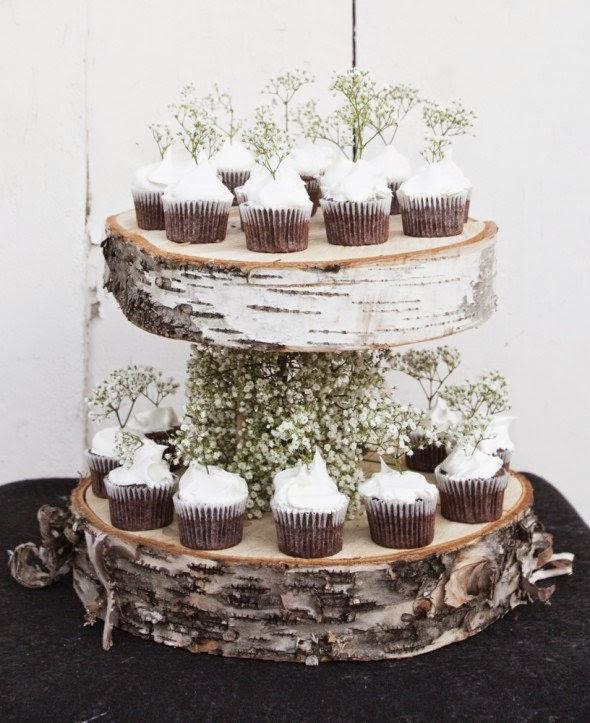 http://rusticweddingchic.com/diy-floating-birch-cupcake-stand