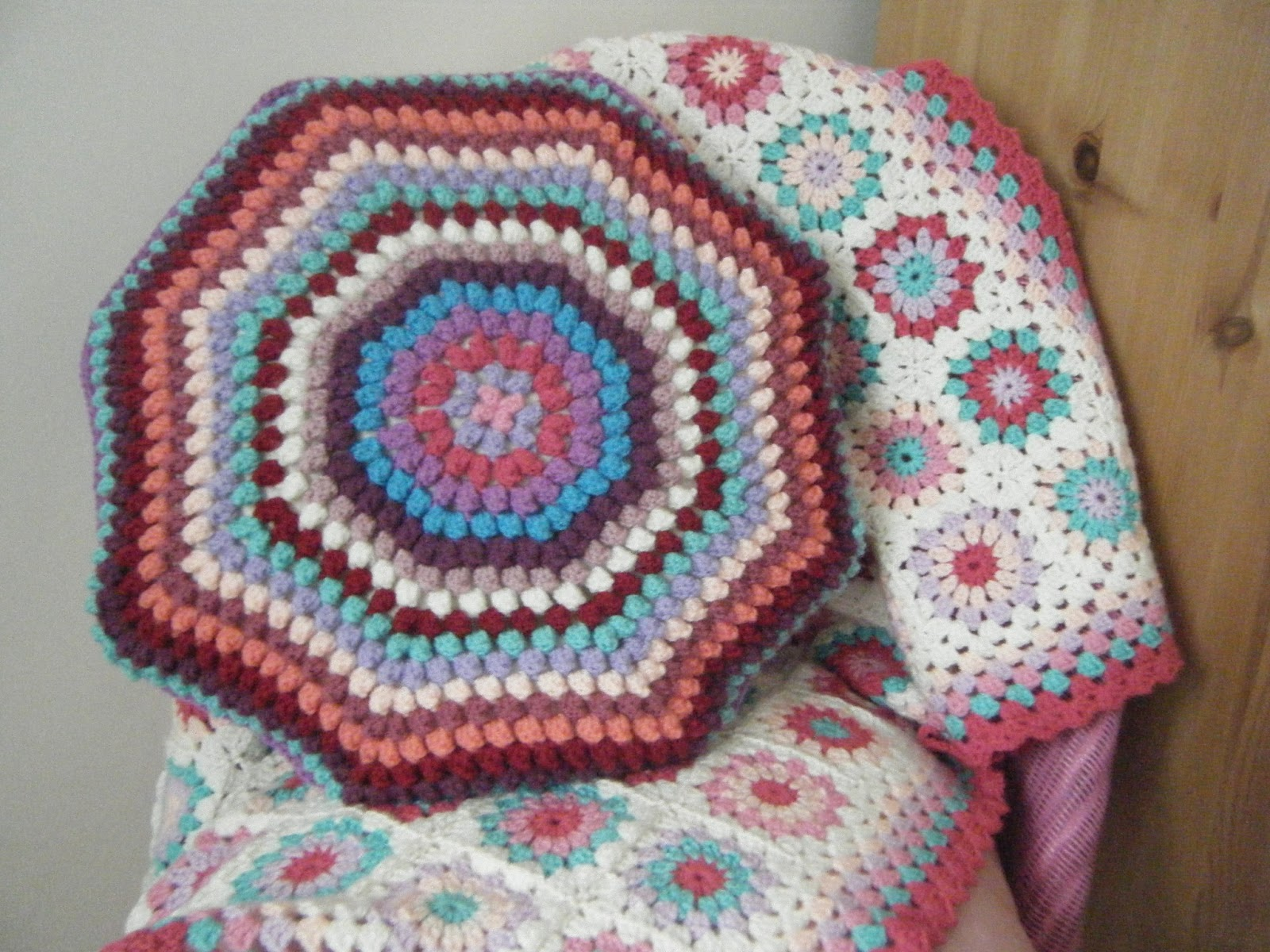 Crochet Bobble Stitch Cushion