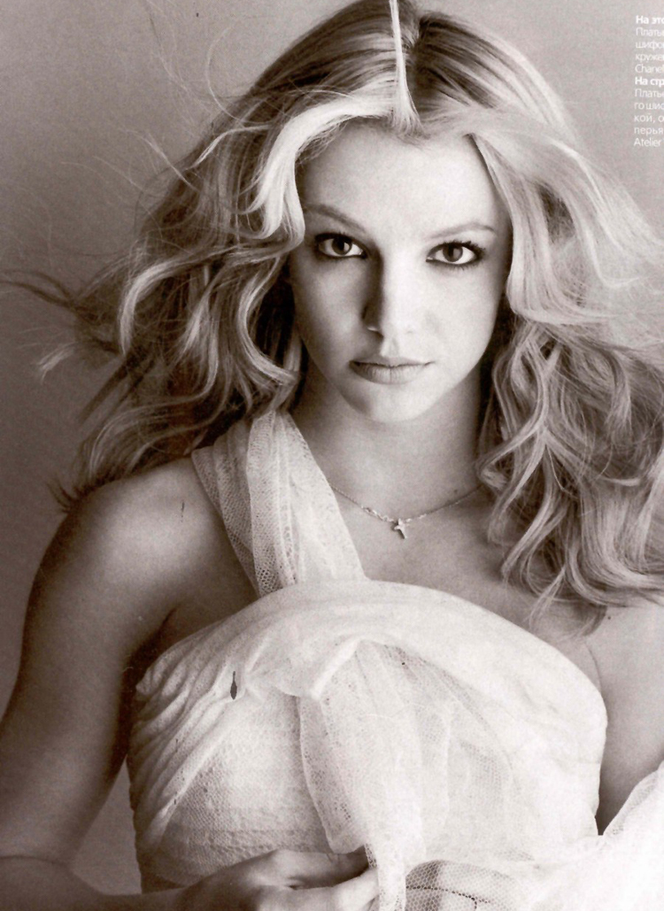 Britney Spears Long Blonde Hair 2011