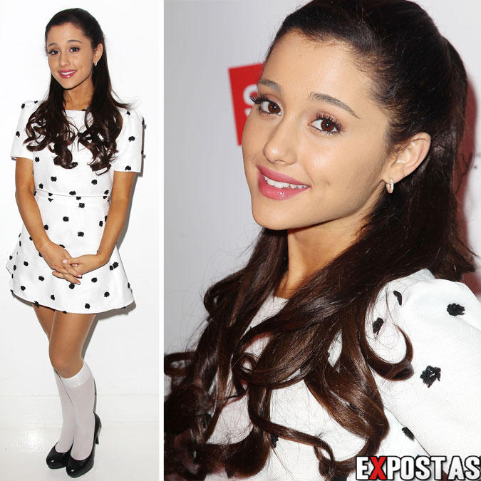 Ariana Grande: 'One Direction' Fan Event no 404 Event Space em New York - 18 de Novembro de 2012