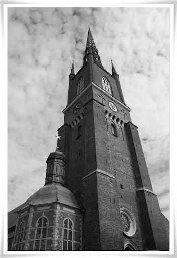 Fotat upp mot Riddarholmskyrkan