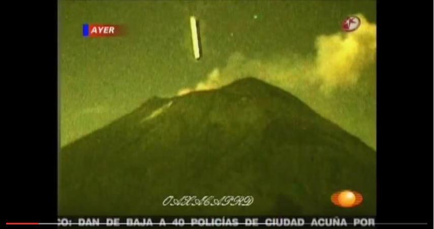 Impresionante OVNI se mete al Volcán Popocatépetl