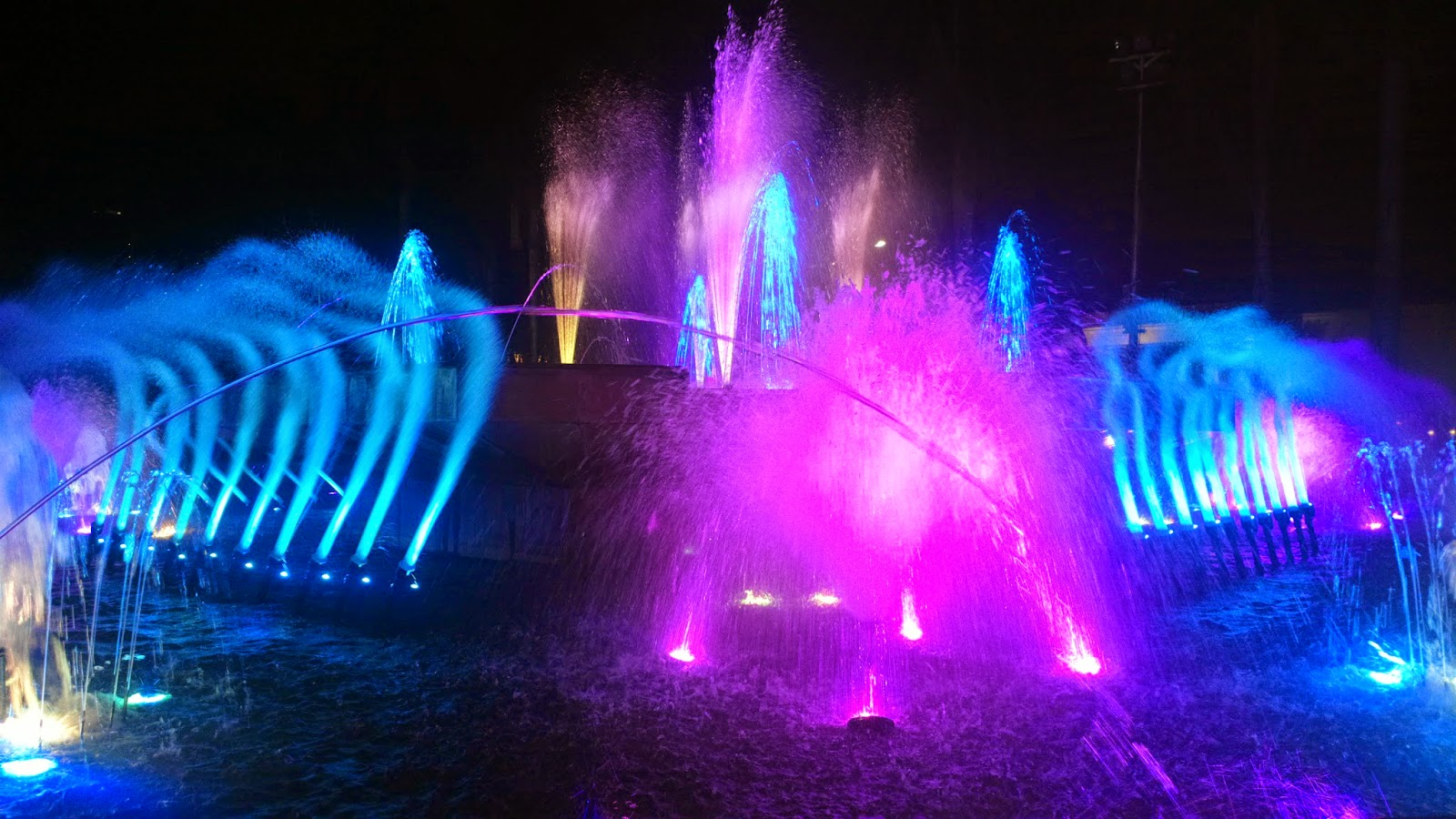 Dancing Musical Fountain at Malate
