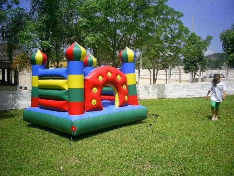Castelo pula pula inflável tamanho : 3 por 3