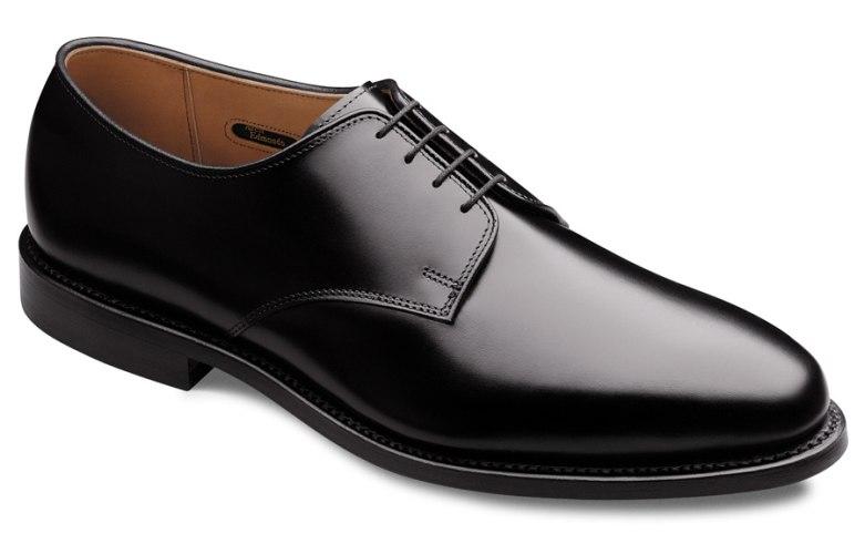 Чоловіче класичне взуття всі красені