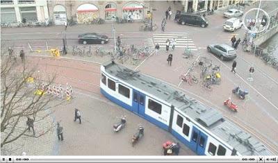imagem da webcam na praça Koningsplein, Amsterdam, Holanda (clique para ver ao vivo)